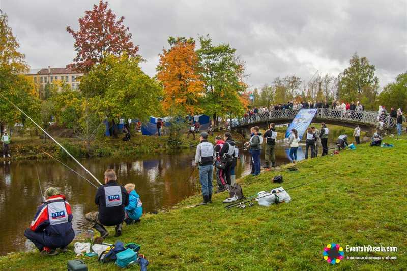 140 рыбаков поборолись за лодочным мотор на фестивале Калакунда.