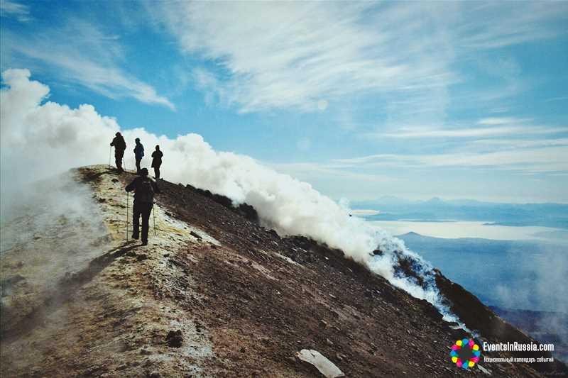 День вулкана на Камчатке отметят у подножия двух «домашних» вулканов